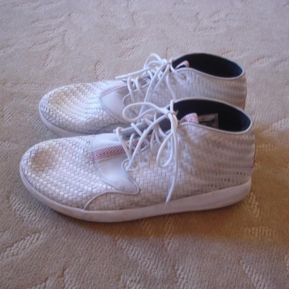 ba90b247984 Nike Air Jordan Eclipse Chukka White (Size 10). M_5b67482a03087c1f93e8de7c